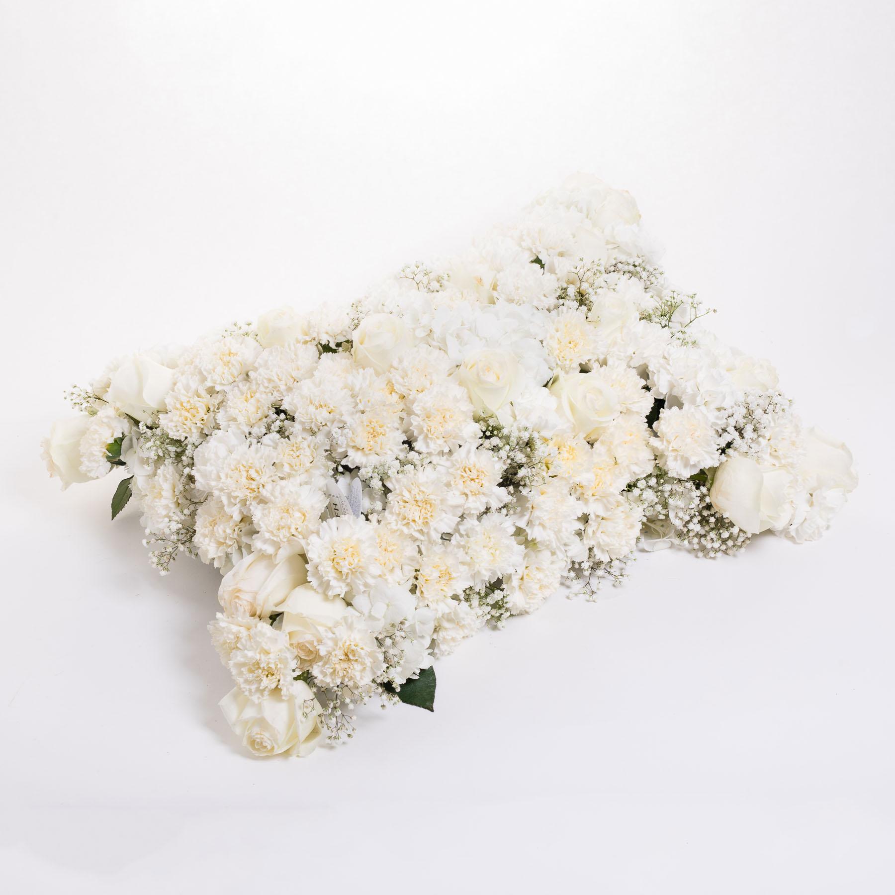 Cojín funerario de hortensias blancas - Centros difuntos - Día de todos los Santos - FH Floristería - Fernando hijo - Flores y decoración - Murcia