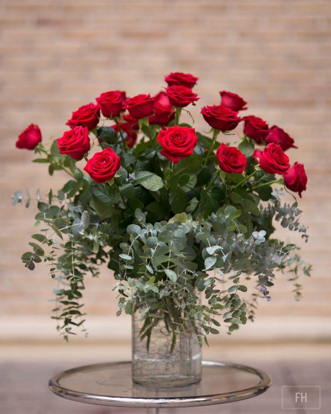 22360 rosas jarron