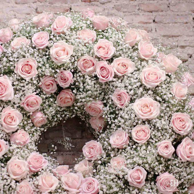 Corona difuntos rosas rosas paniculata FH Floristería- Fernando hijo- Flores y decoración - Murcia